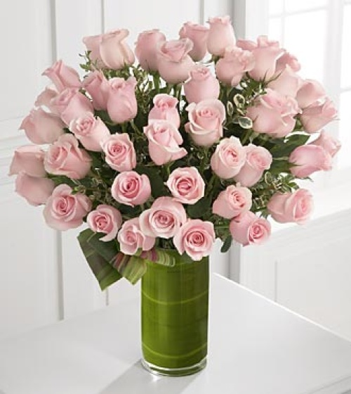 Luxury Rose Bouquet - 24-inch Premium Long-Stemmed Ros